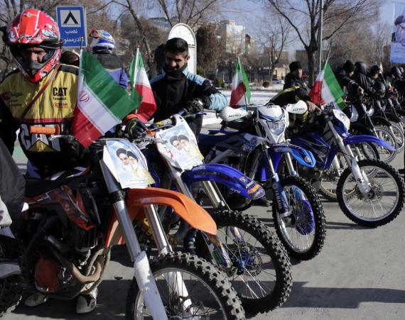 رژه موتورسواران بمناسبت آغاز ایام الله دهه فجر/ گزارش تصویری