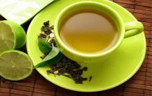 چای سبز برای این افراد ممنوع!