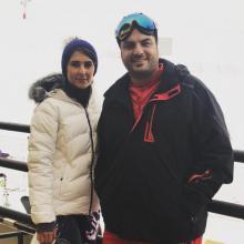 عکس جدید سام درخشانی و همسرش عسل خانم پس از اسکی