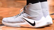 آیا کفش بسکتبال کمک میکند بلندتر بپرید؟