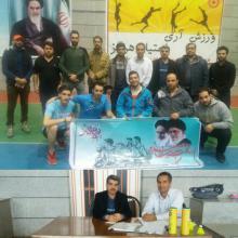مسابقات بدمینتون ویژه آقایان گرامیداشت دهه مبارک فجر در شهرستان ملایر برگزار شد