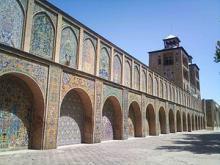 ﮐﺎخ ﮔﻠﺴﺘﺎن ﺑﺎ ﻧﺸﺎﻧﻪ ﻫﺎﯾﯽ از ﺣﮑﻮﻣﺖ دوره زﻧﺪﯾﻪ و ﻗﺎﺟﺎرﯾﻪ در تهران