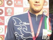 مدال زرین  کشتی گیر آزادکار همدانی در مسابقات کشتی جوانان آسیا